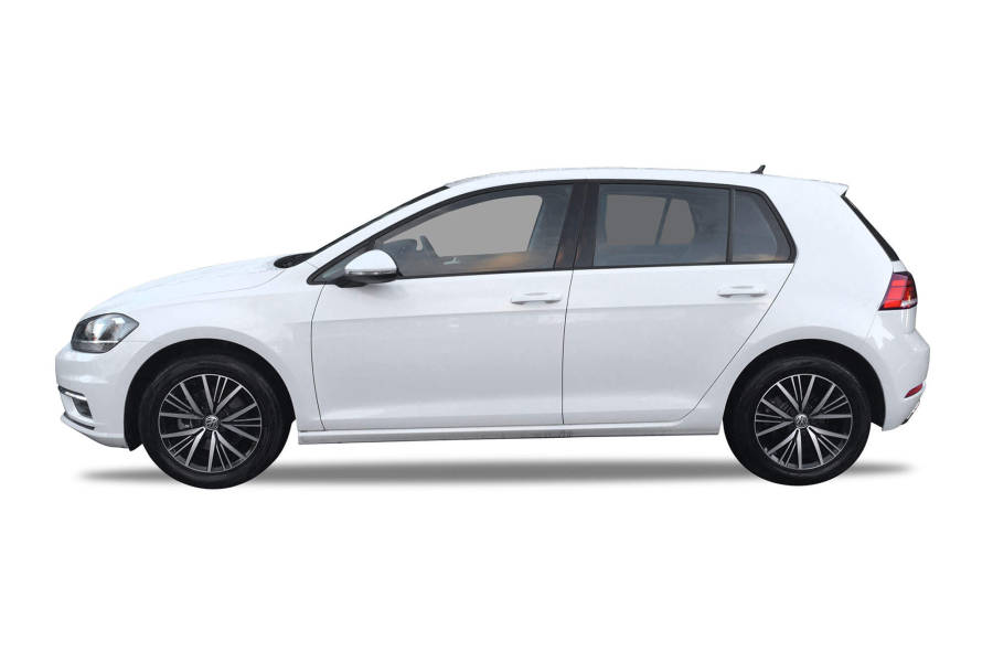 VW Golf or Volvo V40